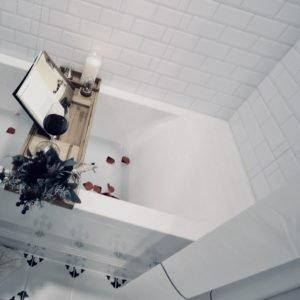 HALB-KASSETTEN DUSCHROLLO PEVA 140x240 cm DUSCHVORHANG MILKY DROPS